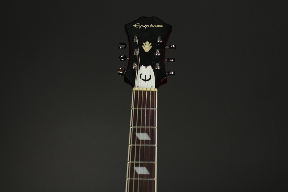 Epiphone Riviera CH close up %22neck%22 1200