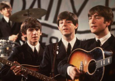 granada_Gibson-John-Lennon-J-160e